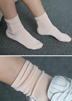 "481836 - <font color=""878787""><font face=""굴림"">基本红袜-socks</font></font>"